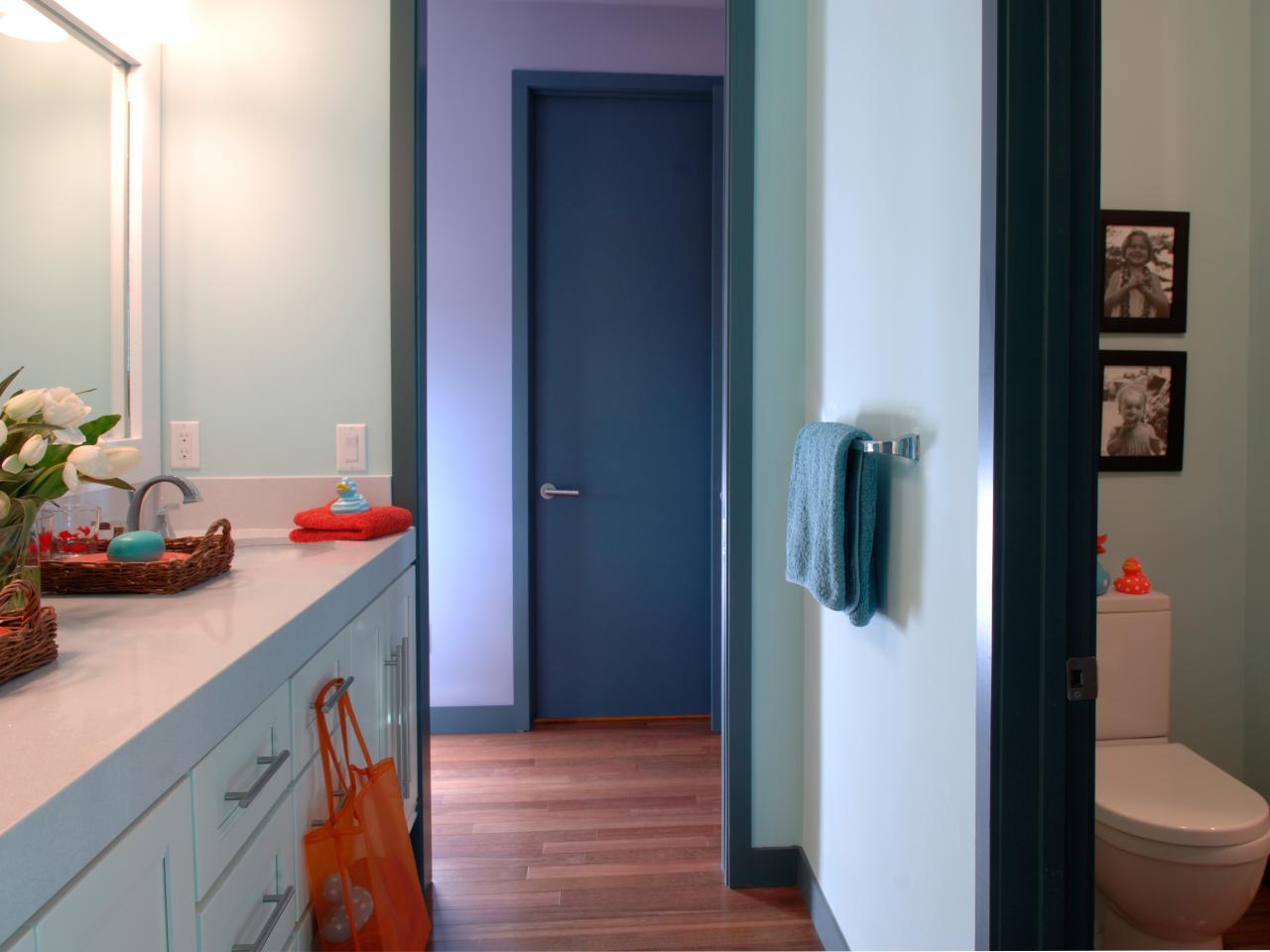 kids jack and jill bathroom ideas photo - 3