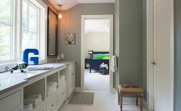 kids jack and jill bathroom ideas photo - 7