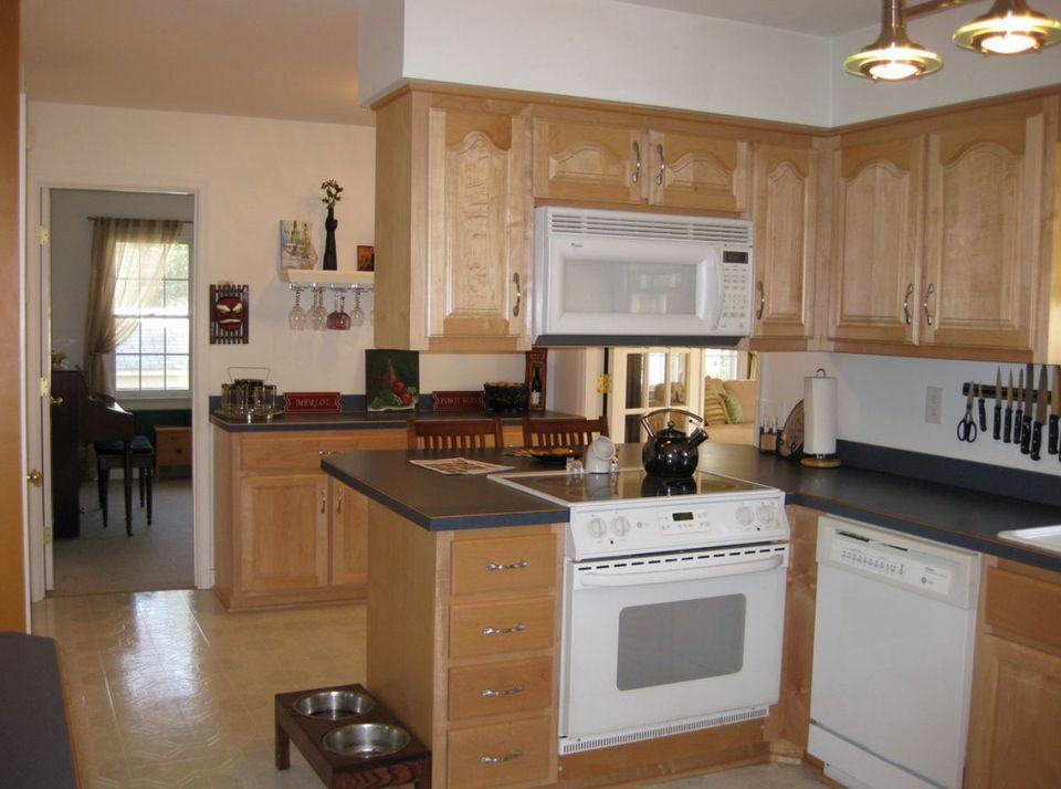 kitchen cabinet bulkhead ideas photo - 3