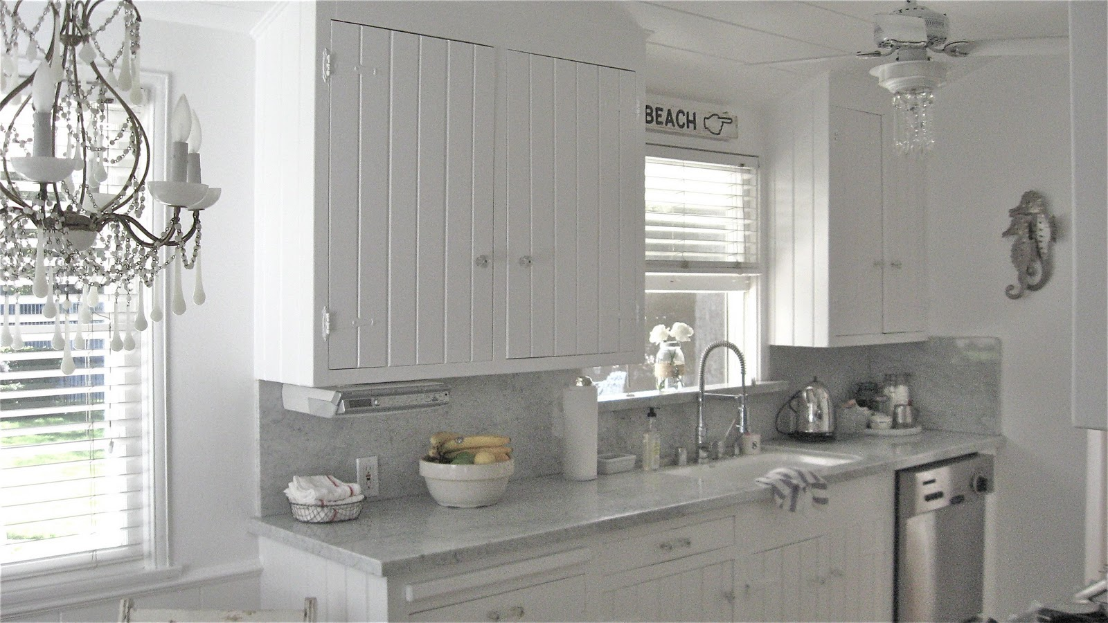kitchen cabinet ideas beach house photo - 1