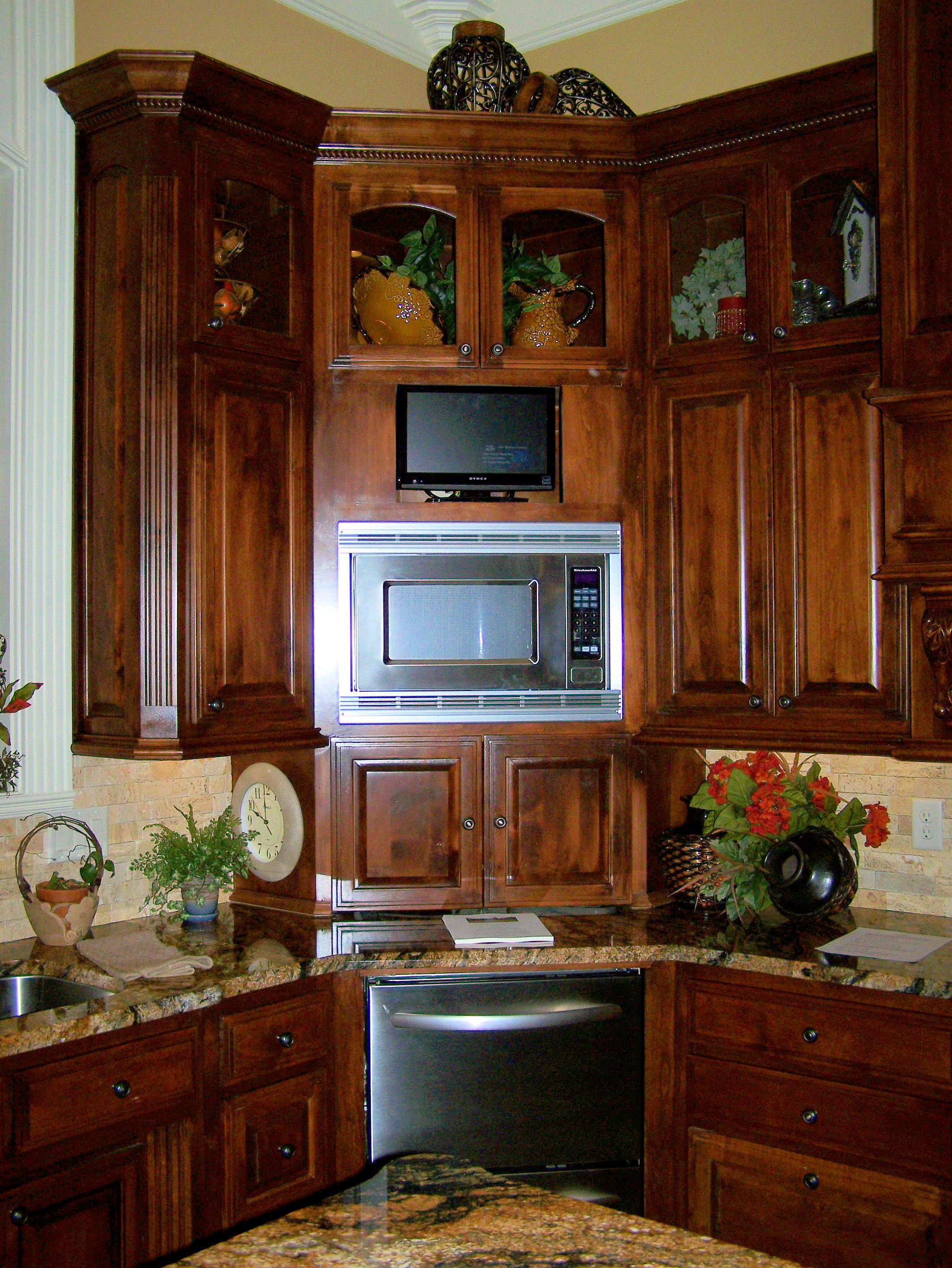 Kitchen Cabinet Ideas For Corners Photo   4