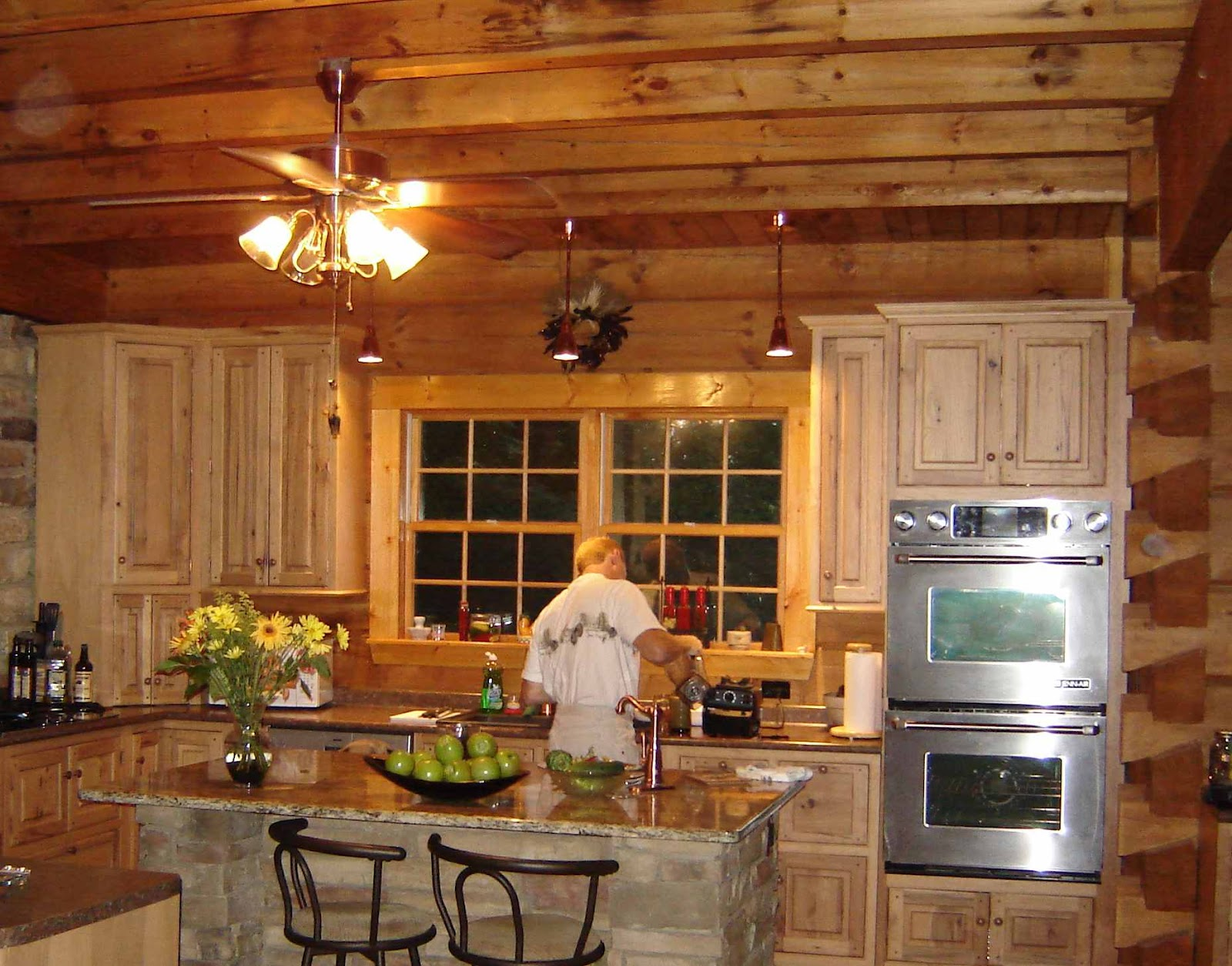 Kitchen Cabinet Lining Ideas