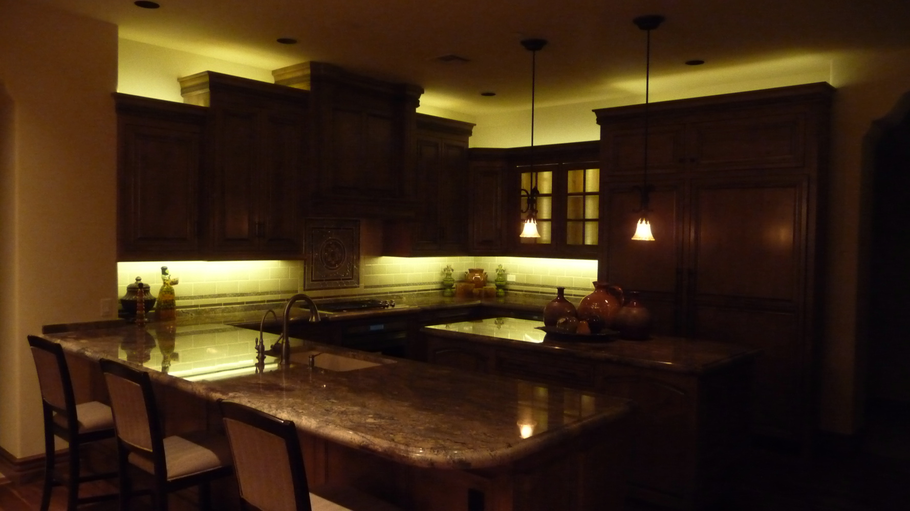 kitchen cabinets lighting ideas photo - 10