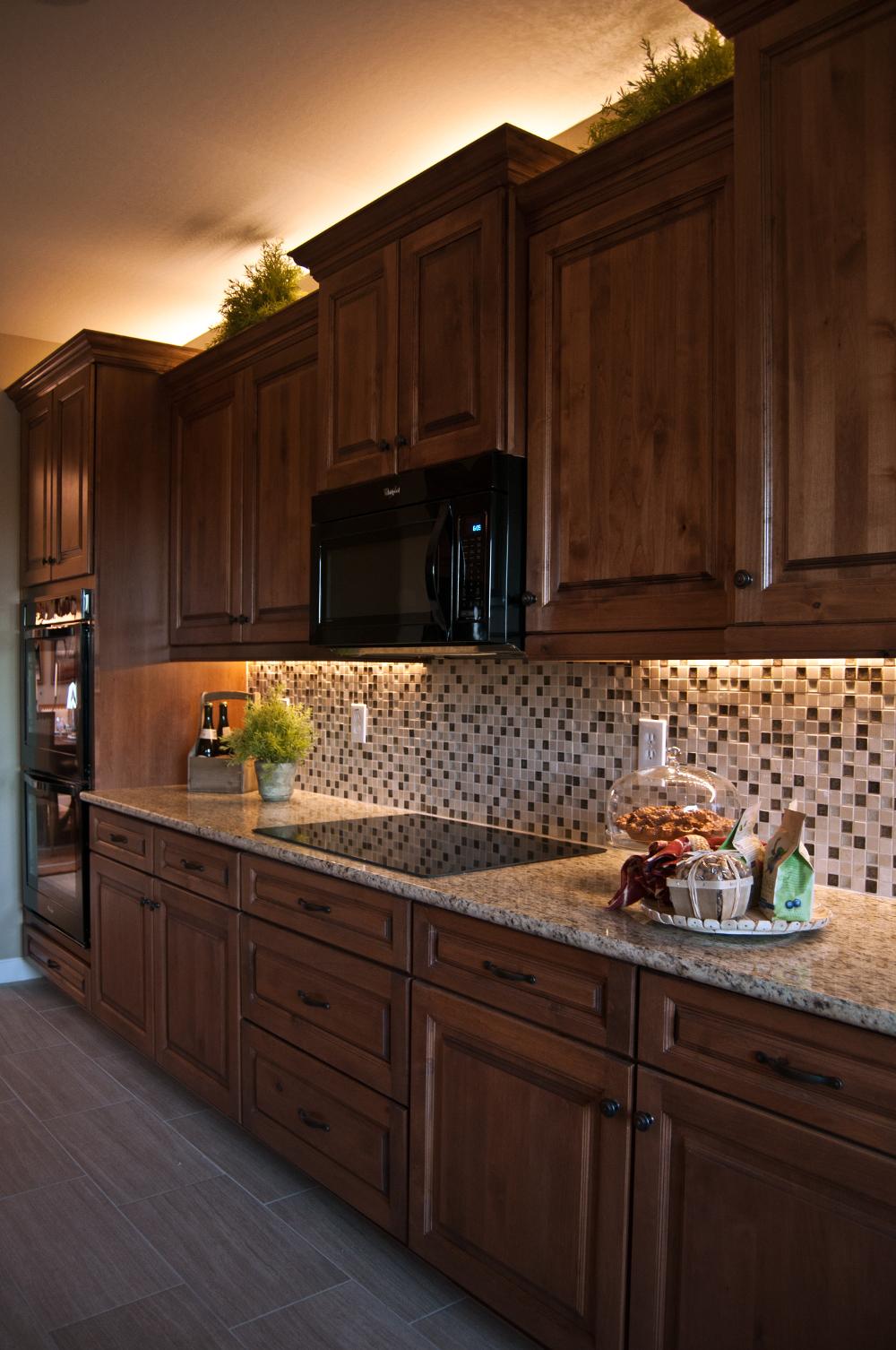 kitchen cabinets lighting ideas photo - 2
