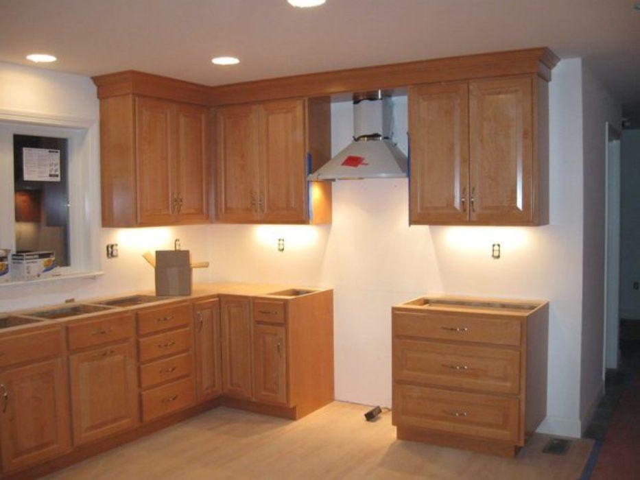 kitchen cabinets molding ideas photo - 10