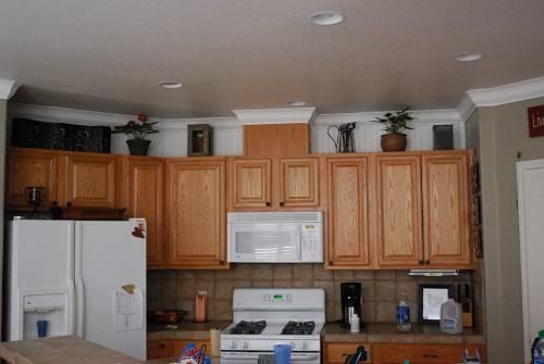 kitchen cabinets molding ideas photo - 9