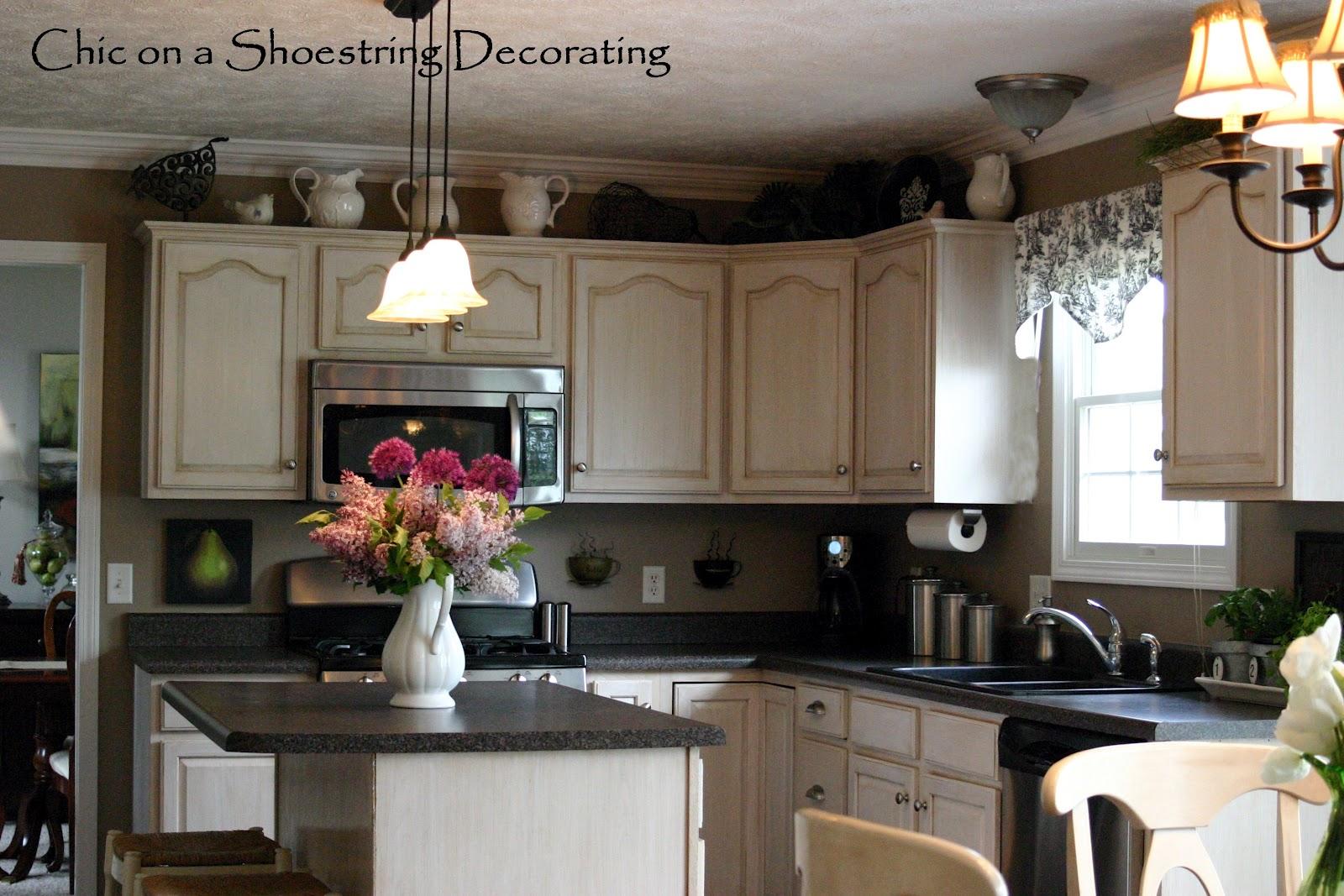 kitchen decor ideas cabinet tops photo - 4