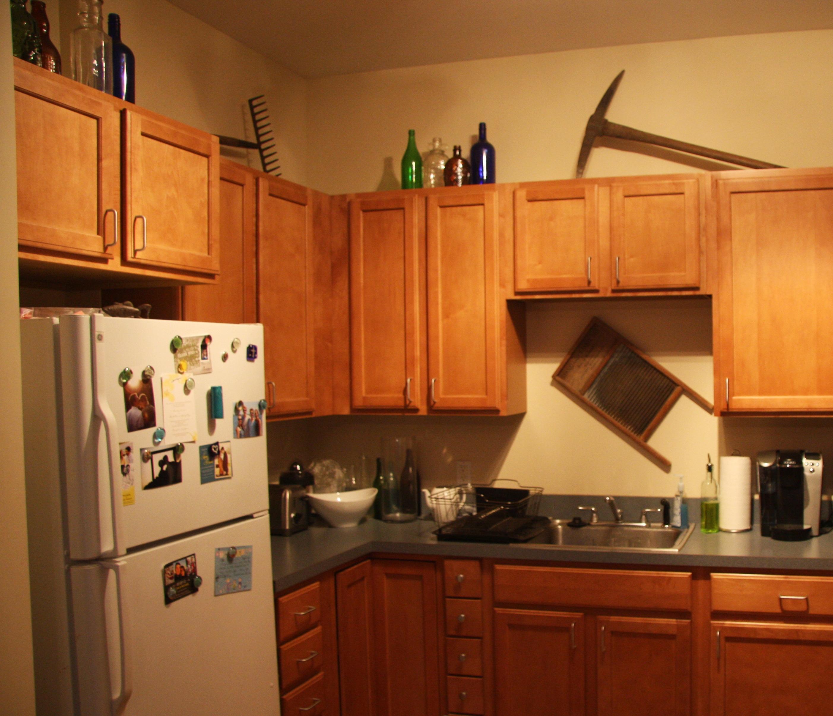 kitchen decor ideas cabinet tops photo - 5