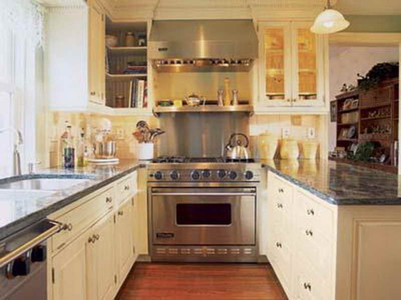 kitchen design ideas for small galley kitchens photo - 9