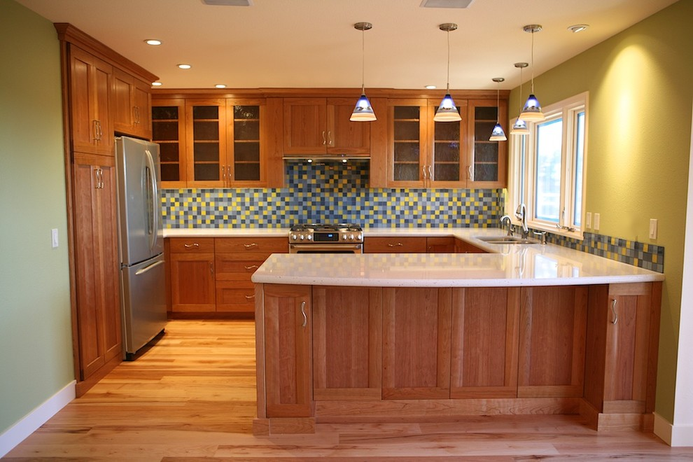 kitchen design ideas with cherry cabinets photo - 6