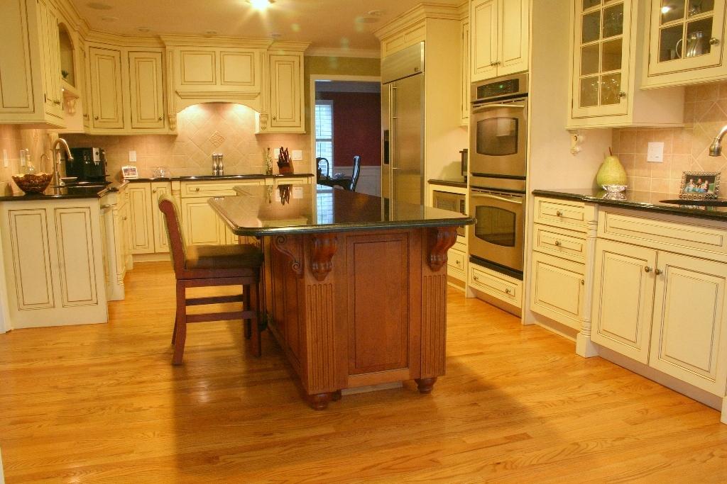 kitchen ideas ivory cabinets photo - 1