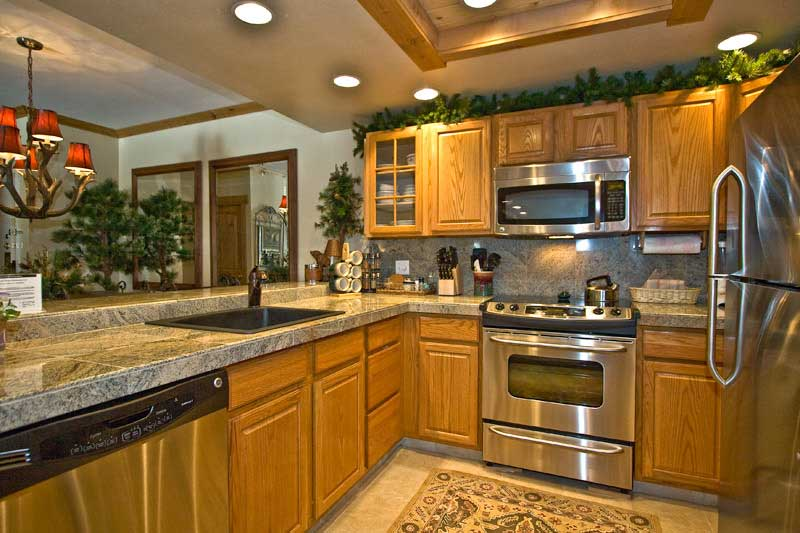 kitchen ideas oak cabinets photo - 2