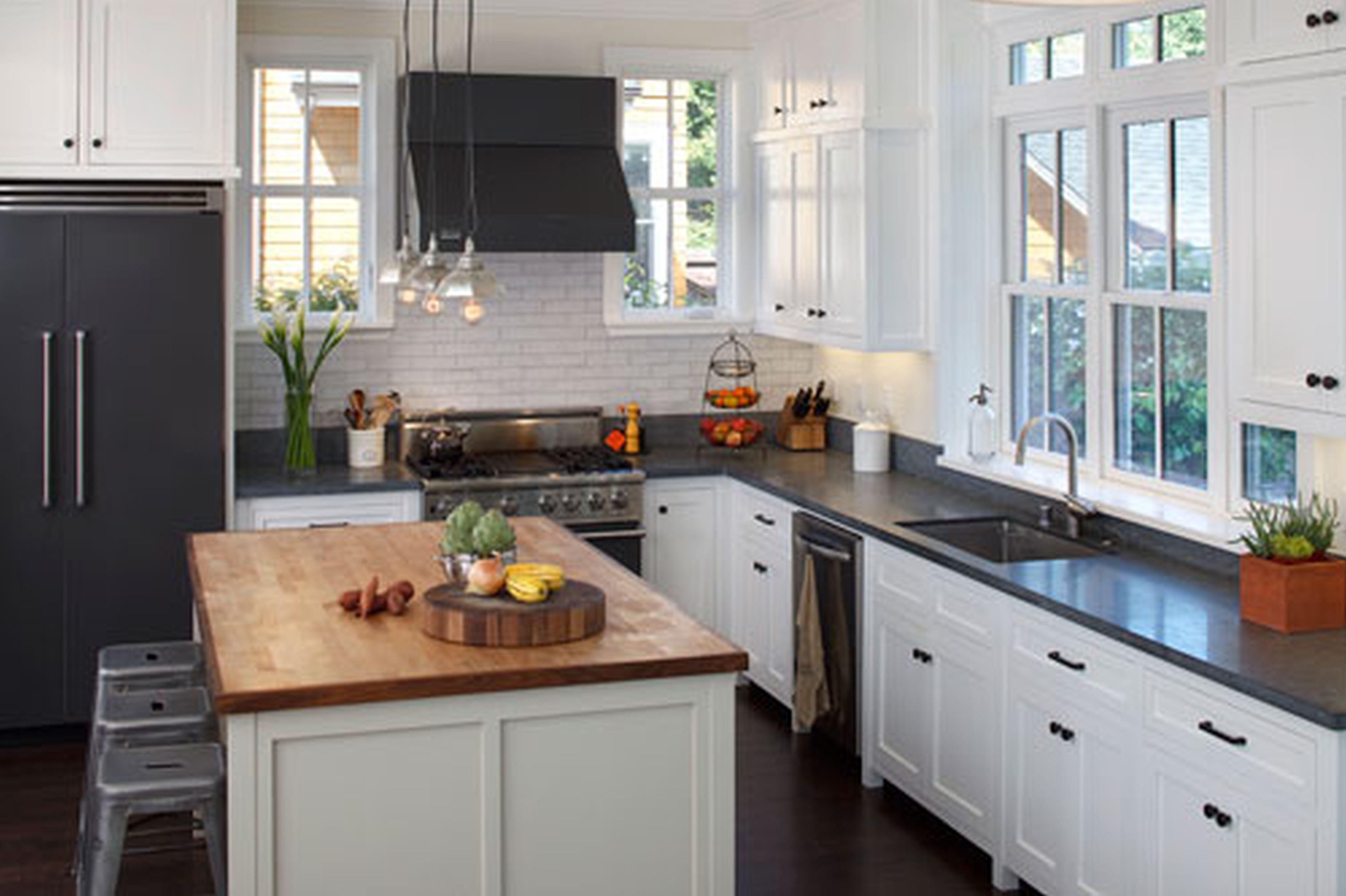 kitchen ideas white cabinets black countertop photo - 8