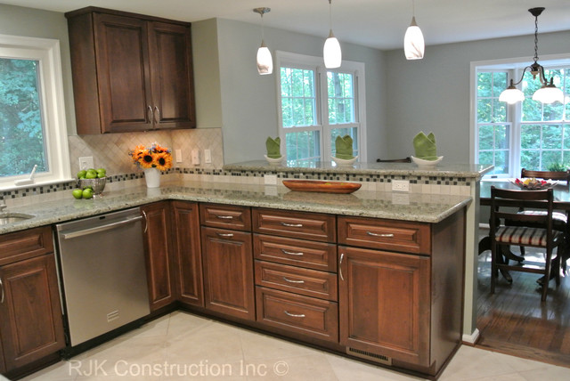 kitchen remodel u shaped kitchen photo - 1