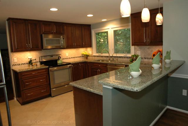 kitchen remodel u shaped kitchen photo - 3