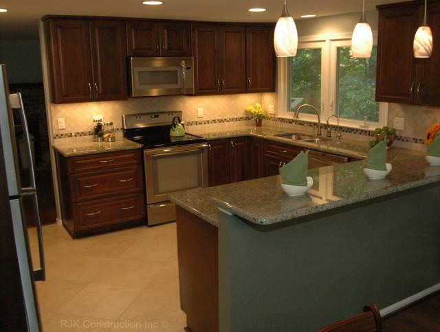 kitchen remodel u shaped kitchen photo - 4