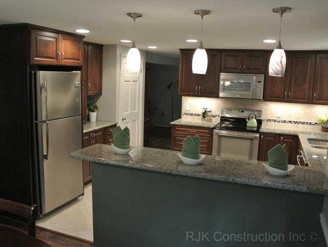 kitchen remodel u shaped kitchen photo - 7
