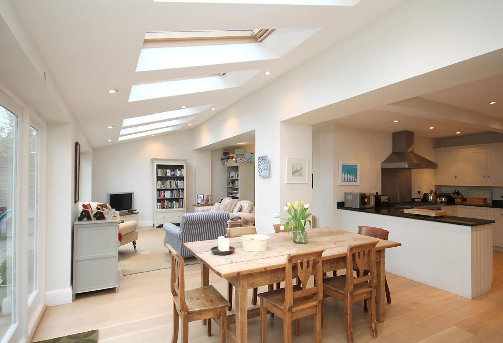l shaped apartment kitchen photo - 6