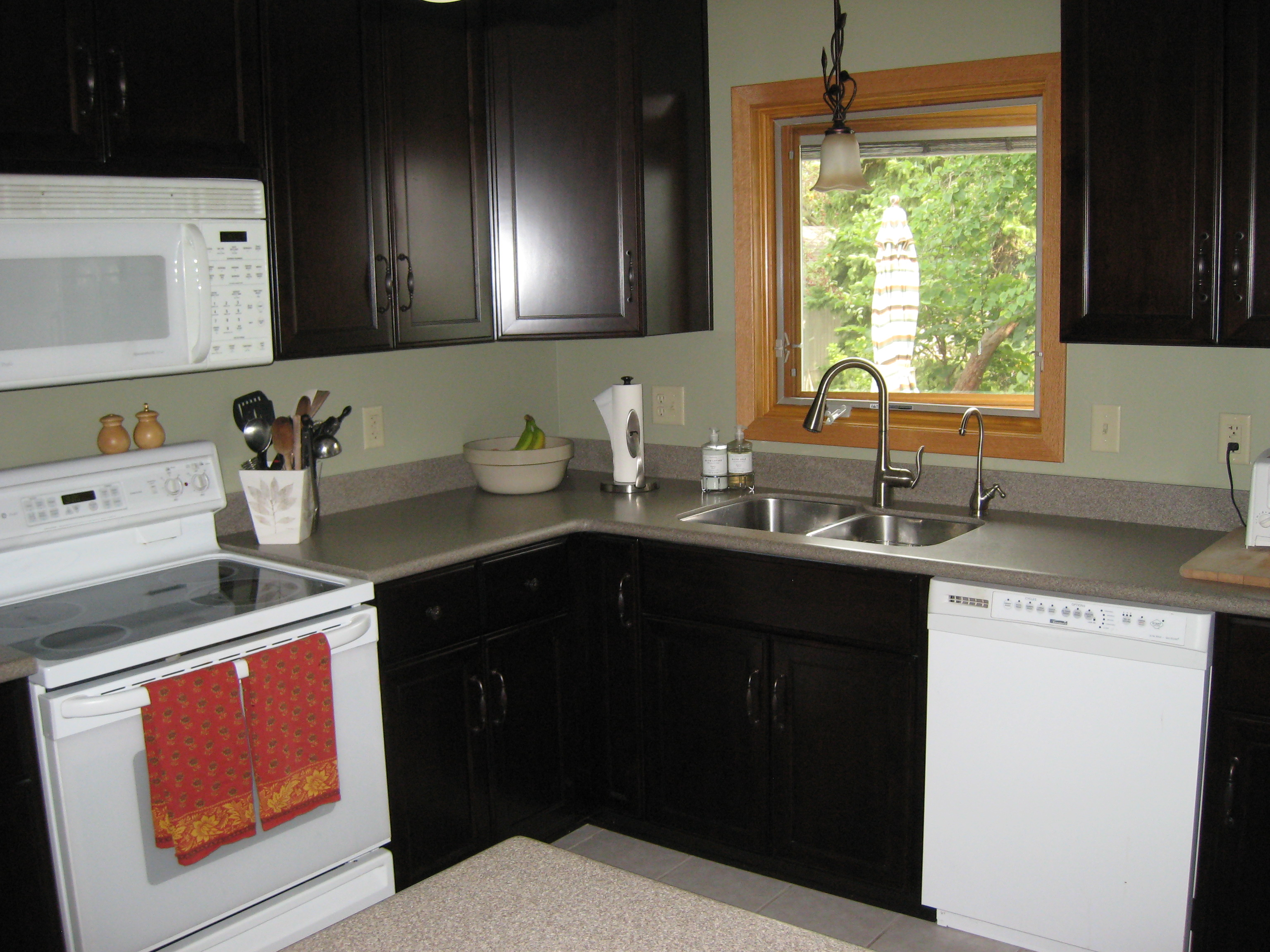 l shaped kitchen appliance layout photo - 6