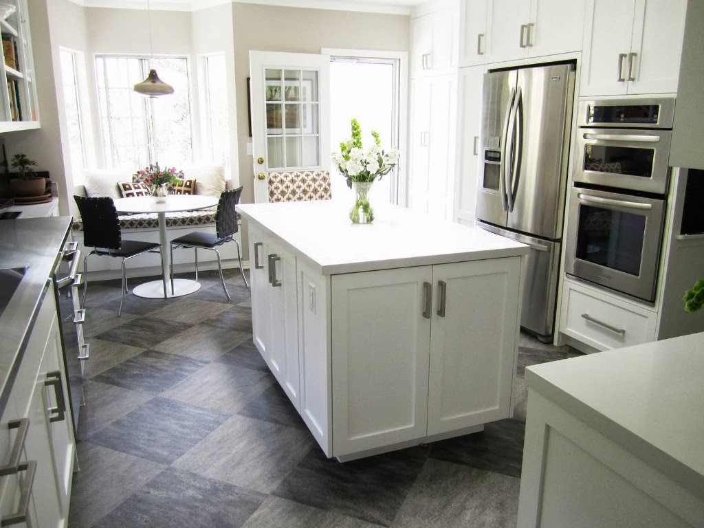 l shaped kitchen booth photo - 4