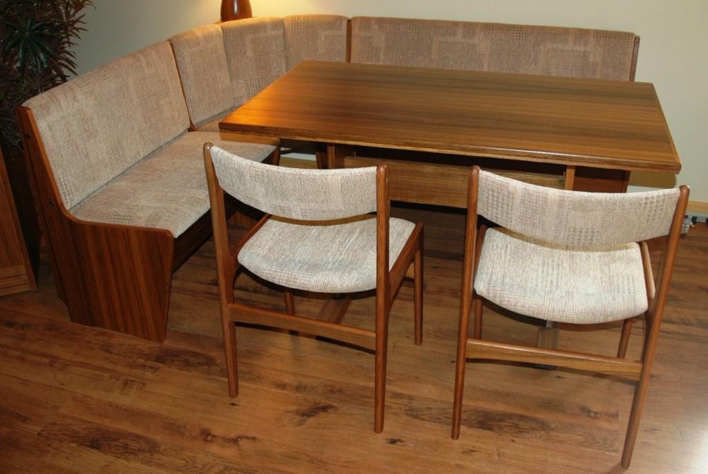 l shaped kitchen table photo - 8