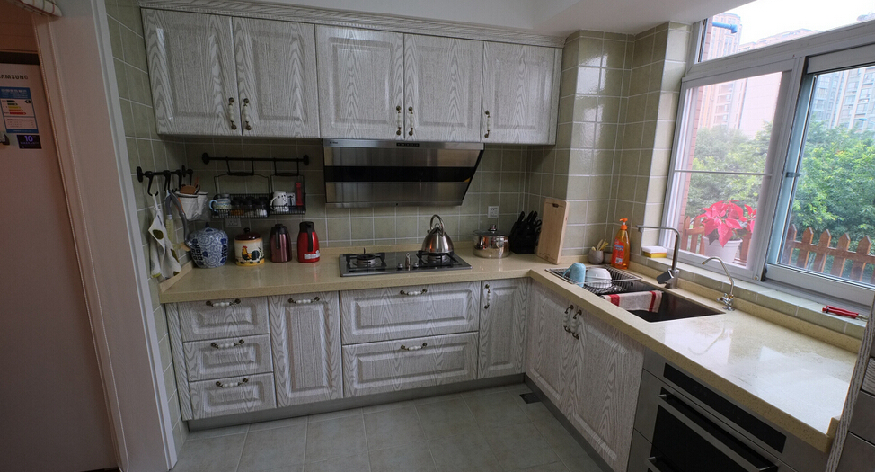Merveilleux L Shaped Kitchen With White Cabinets Photo   7