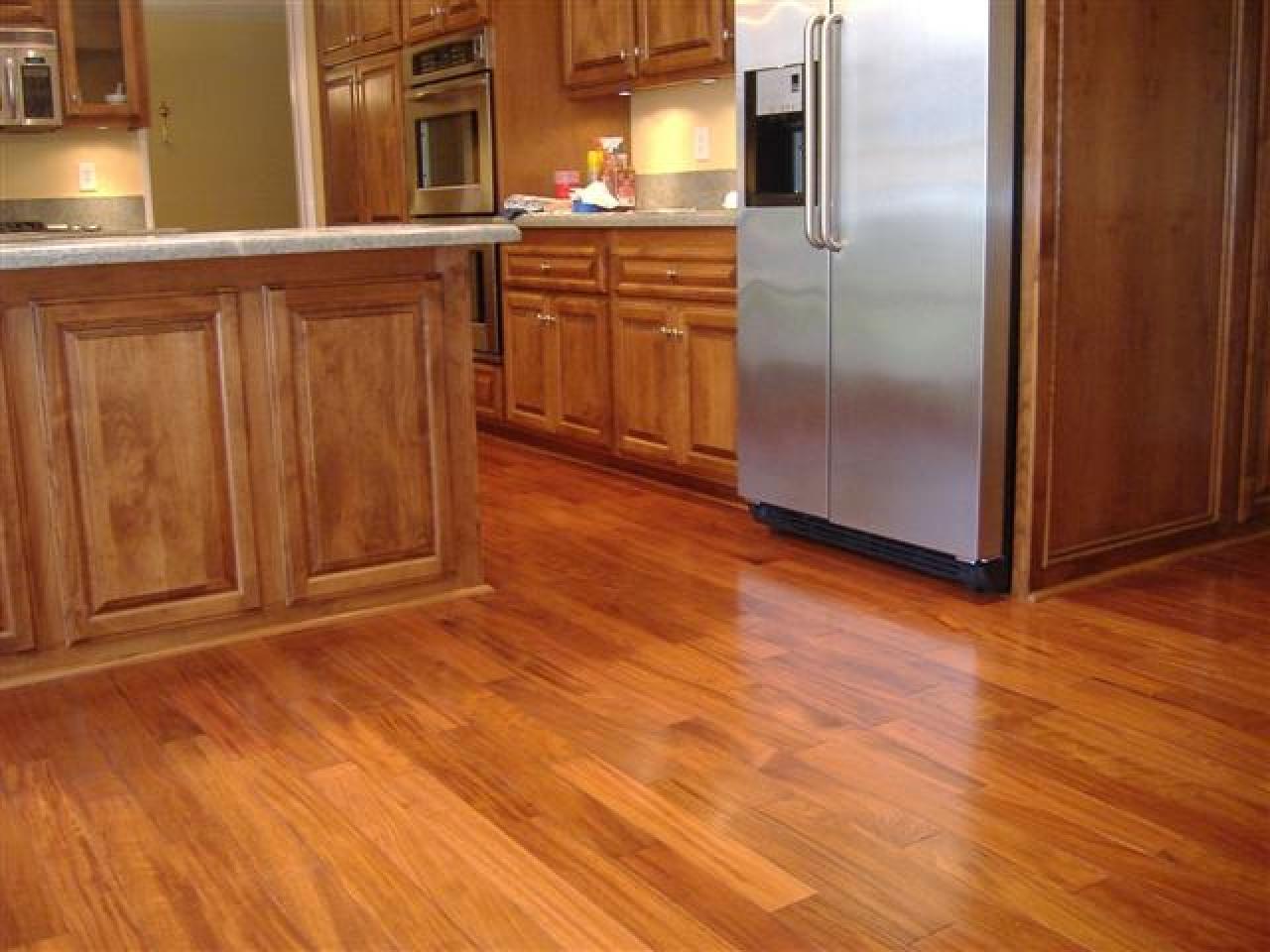 laminate wood flooring for kitchen photo - 9