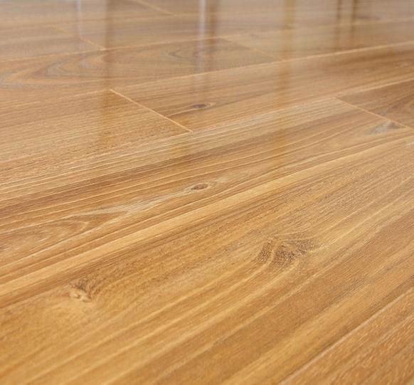 laminated wooden flooring photo - 10