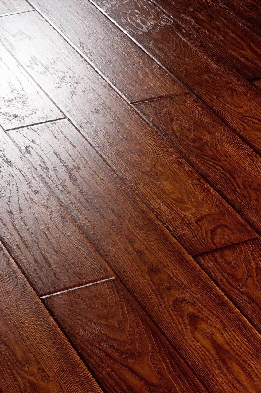 laminated wooden flooring photo - 4