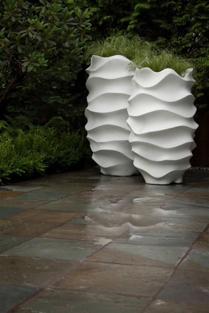 large designer garden pots photo - 3
