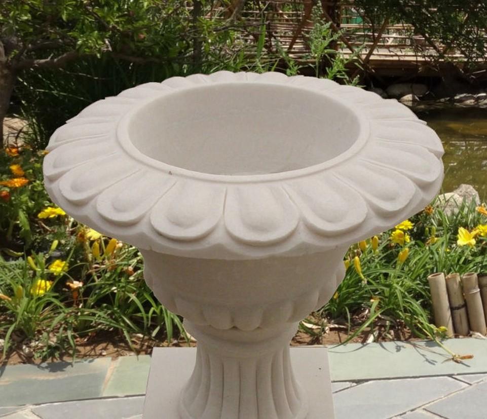 large designer garden pots photo - 5