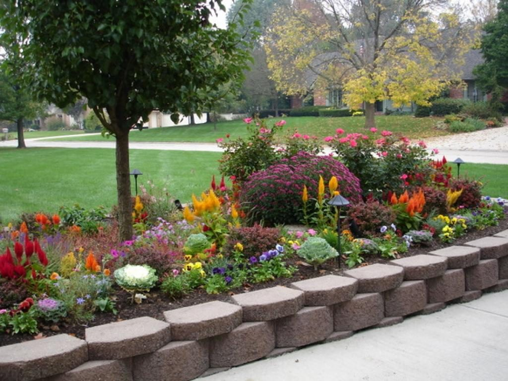 large flower garden design photo - 5