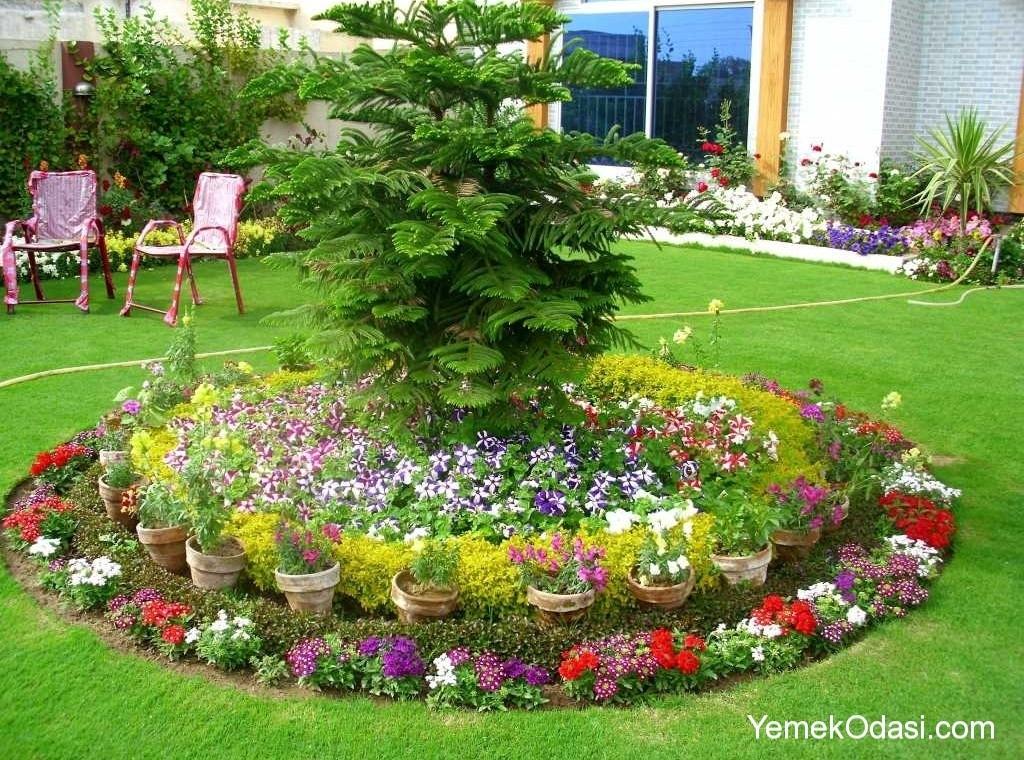 large flower garden design photo - 8