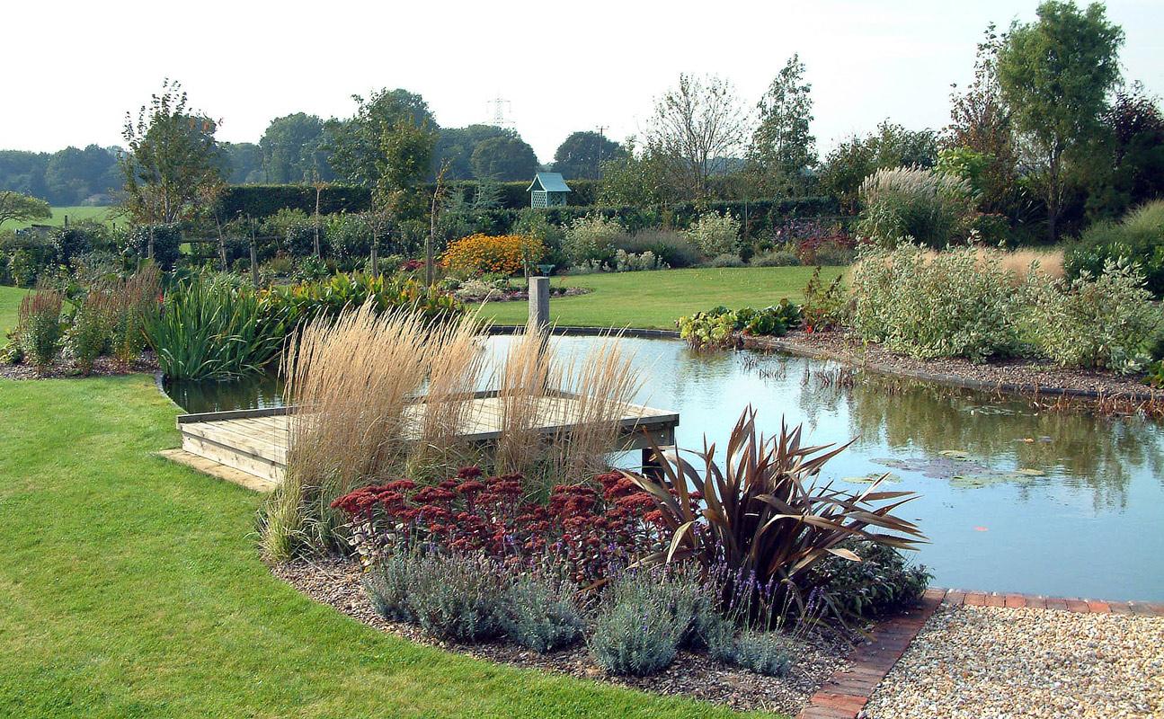 large garden pond designs photo - 1