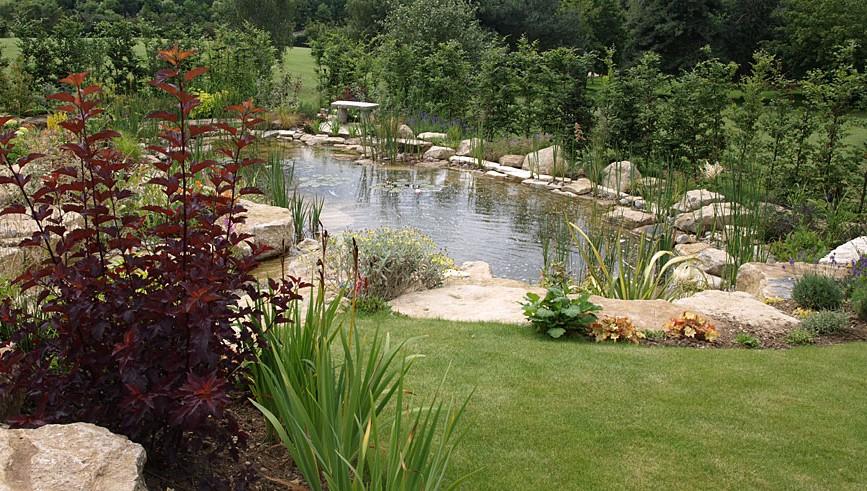 large garden pond designs photo - 3