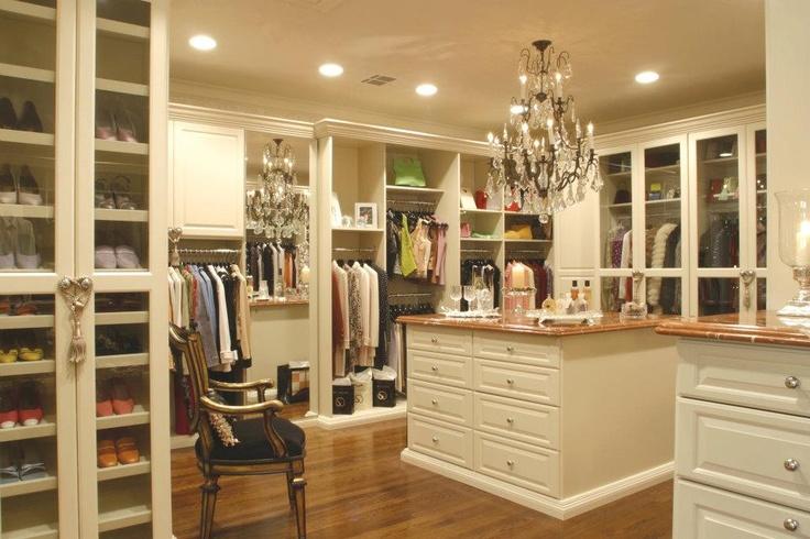 large walk in closet design photo - 8