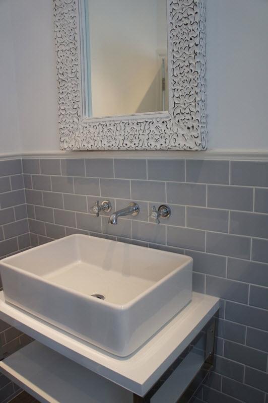 light grey bathroom tiles designs photo - 6