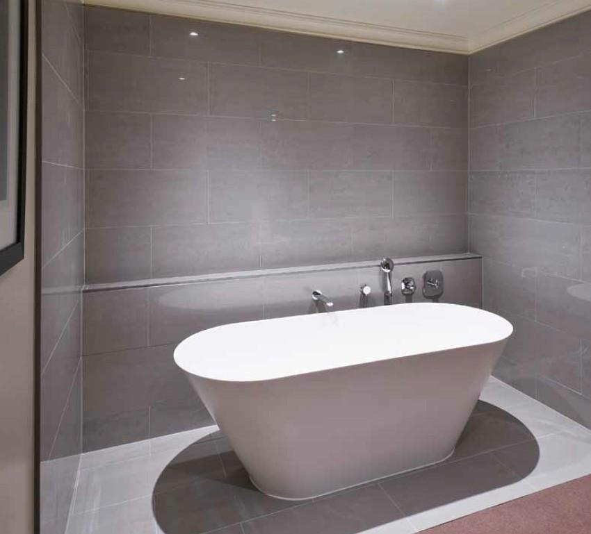light grey bathroom tiles designs photo - 7