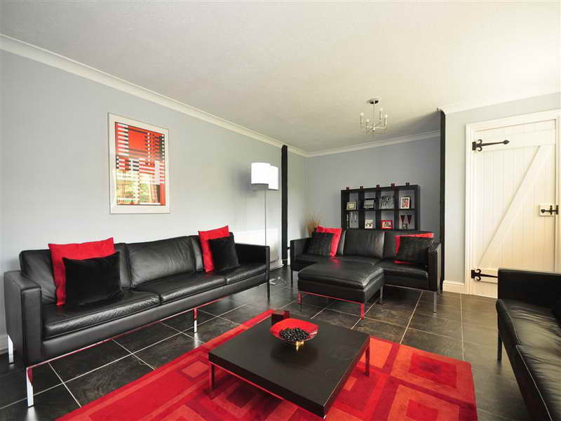 living room designs red and black photo - 6