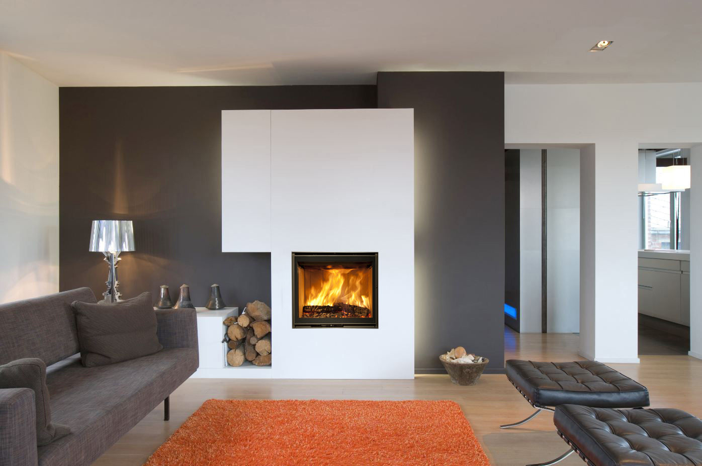 living room designs with fireplace photo - 10