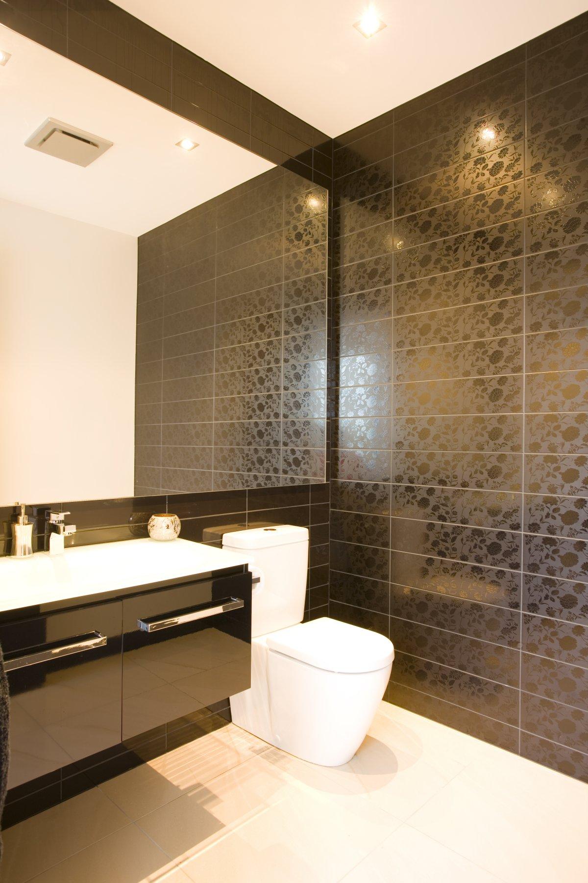 Luxury Bathroom Tiles Designs Photo   5