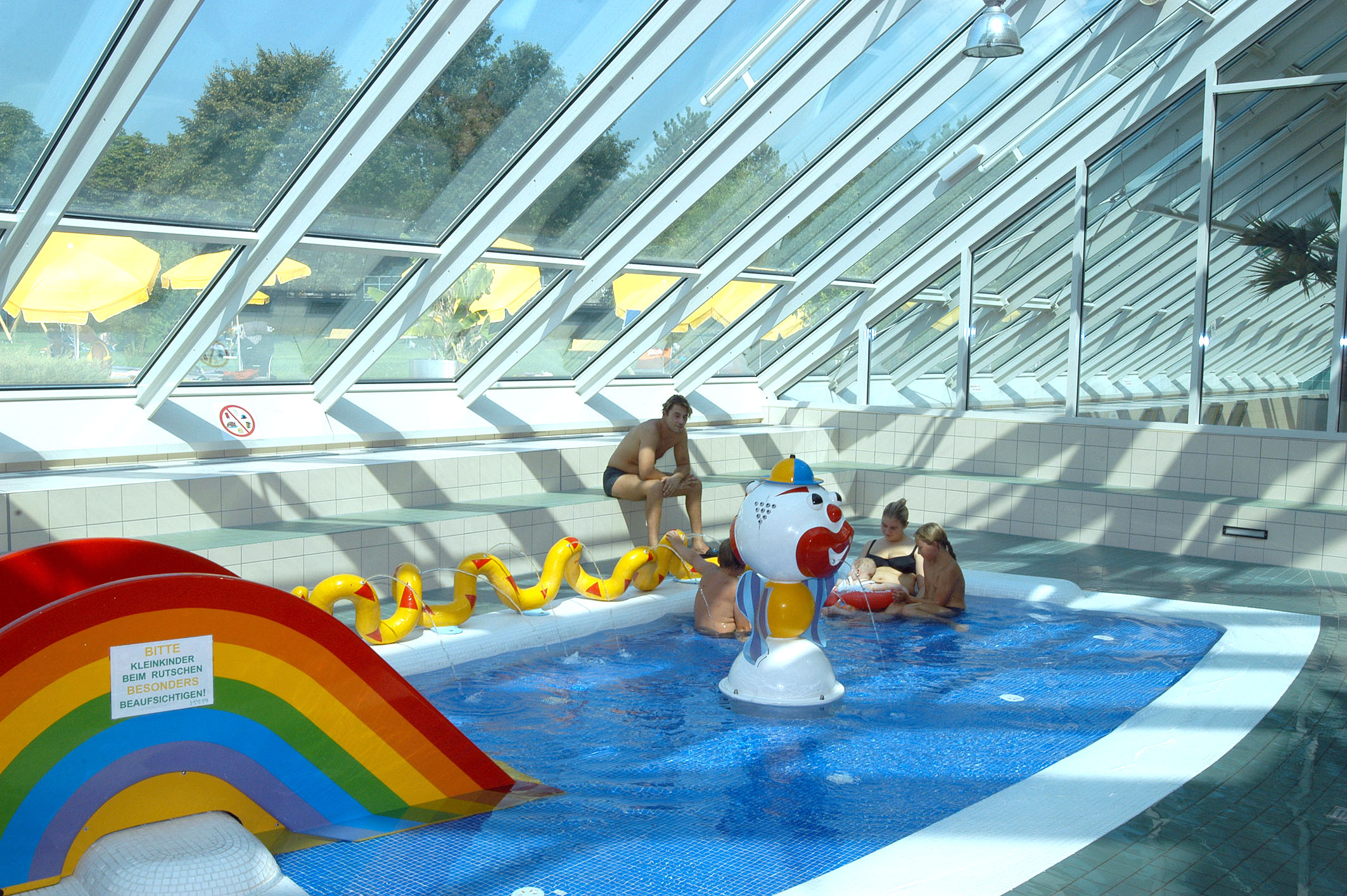 Mini Swimming Pool For Kids Photo   10