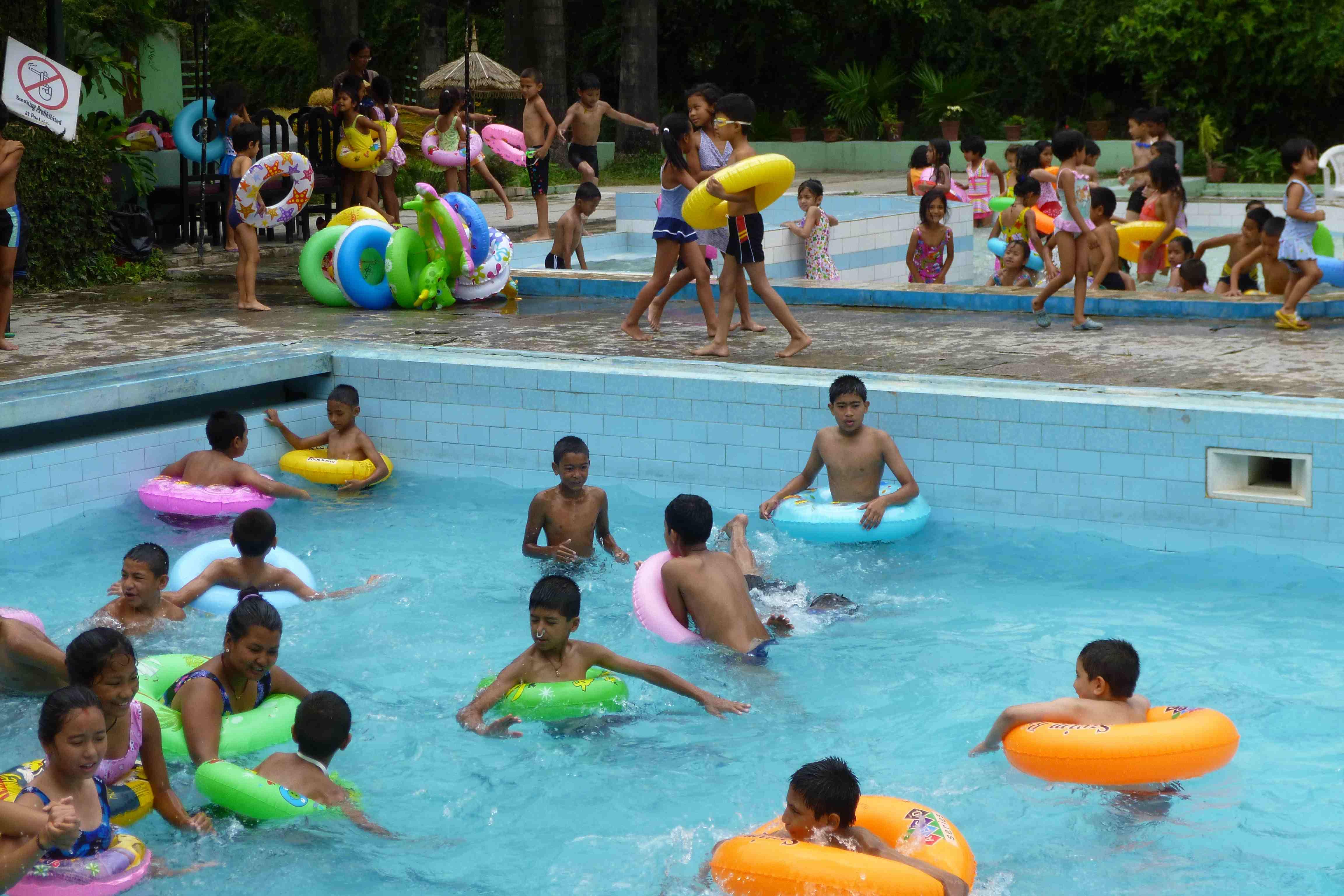 mini swimming pool for kids photo - 4