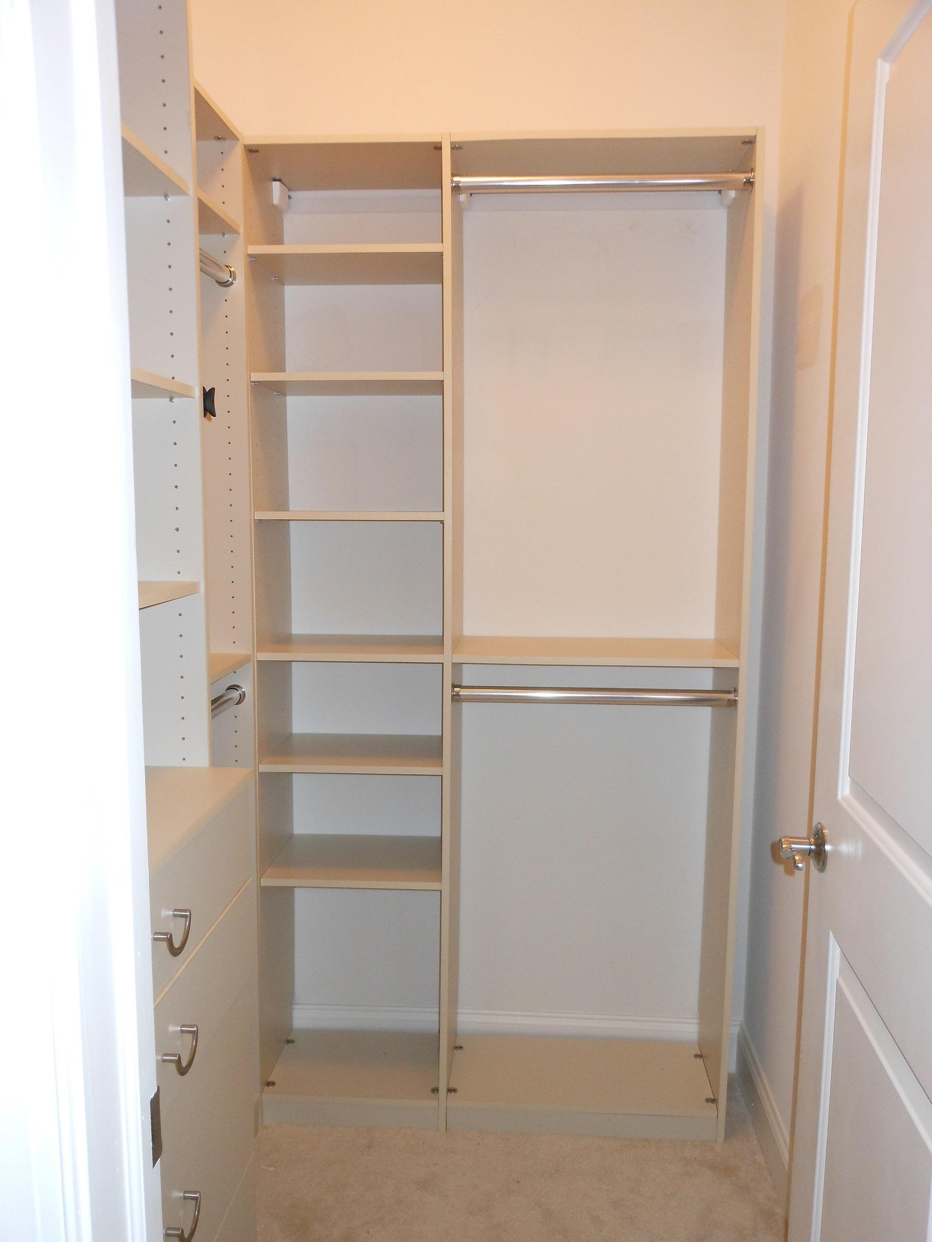 Mini walk in closet design | Hawk Haven