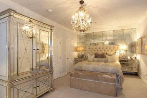 Mirrored bedroom furniture ikea hawk haven for Mirrored bedroom furniture ikea