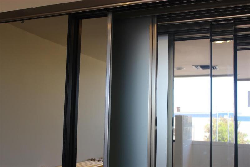 mirrored closet doors menards photo - 8