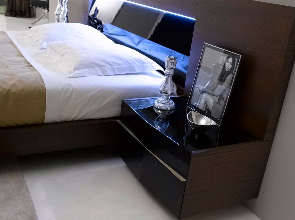 modern bedroom sets with lights photo - 5