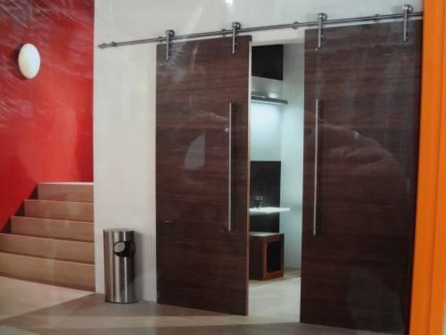 modern interior barn door designs photo - 10