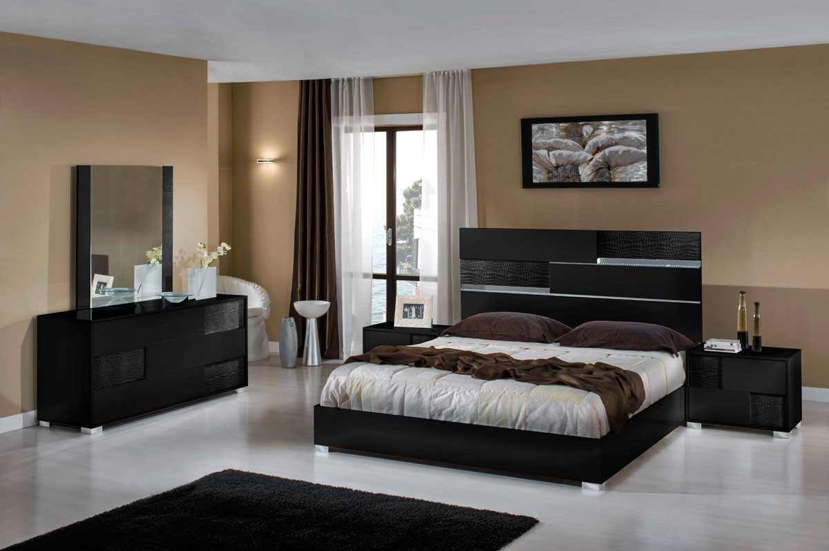 Modern Italian Bedroom Furniture Sets