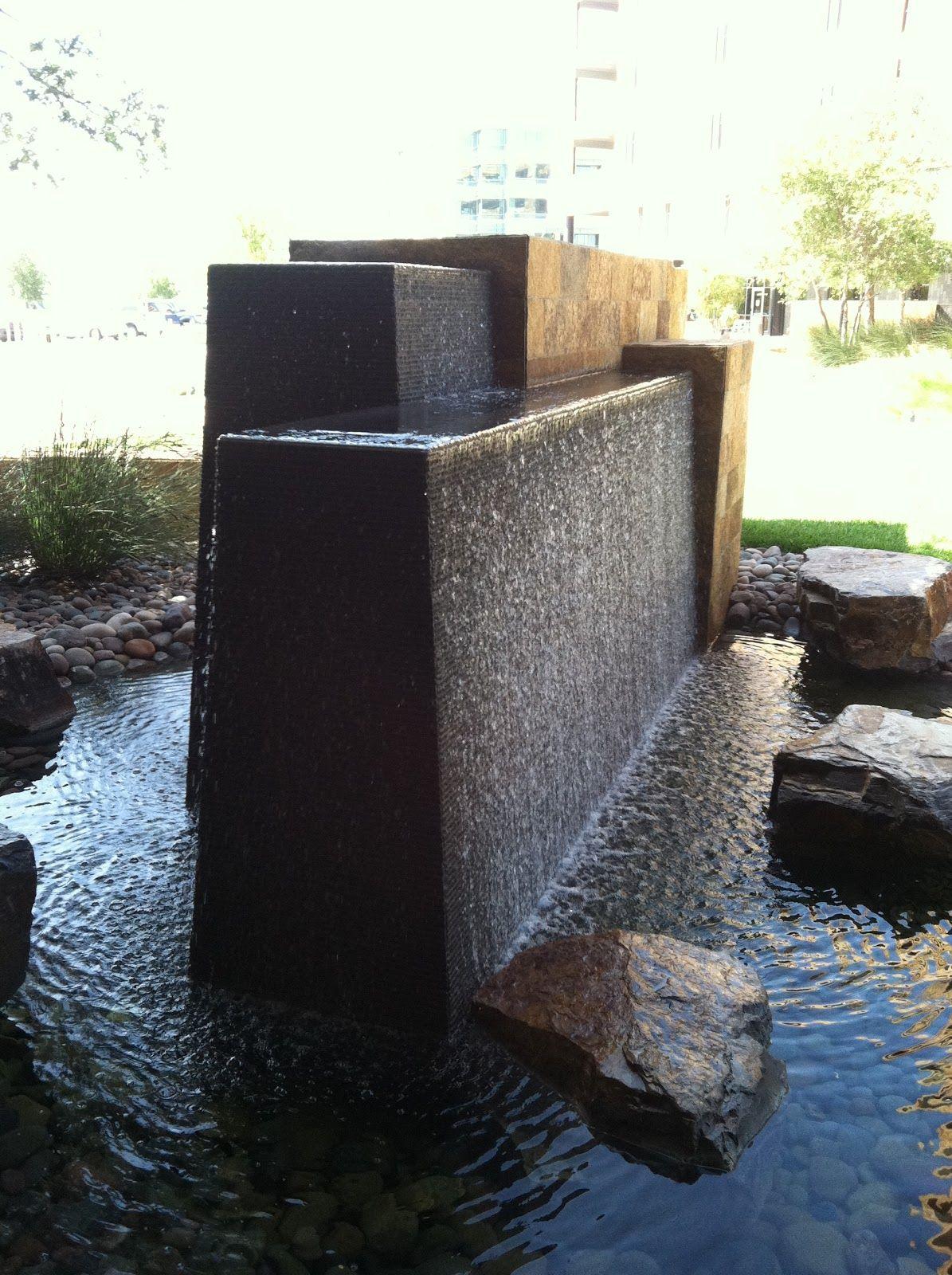 modern wall water fountains photo - 2